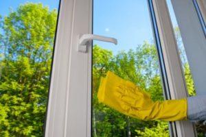Keeping uPVC windows clean the easy way with Hamilton Windows