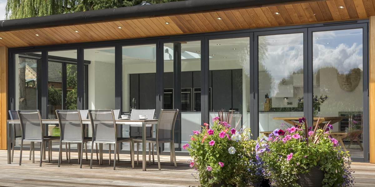 bifold-doors-hamilton-windows-04