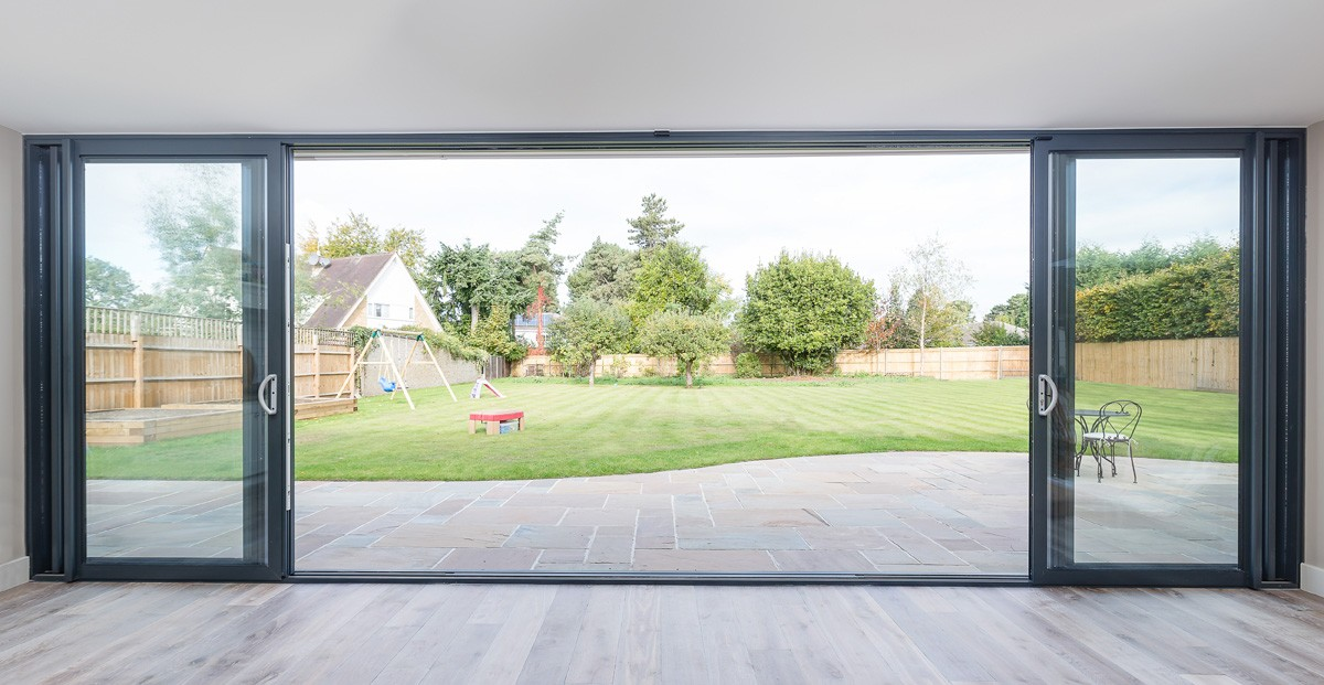 bifold-doors-hamilton-windows-12