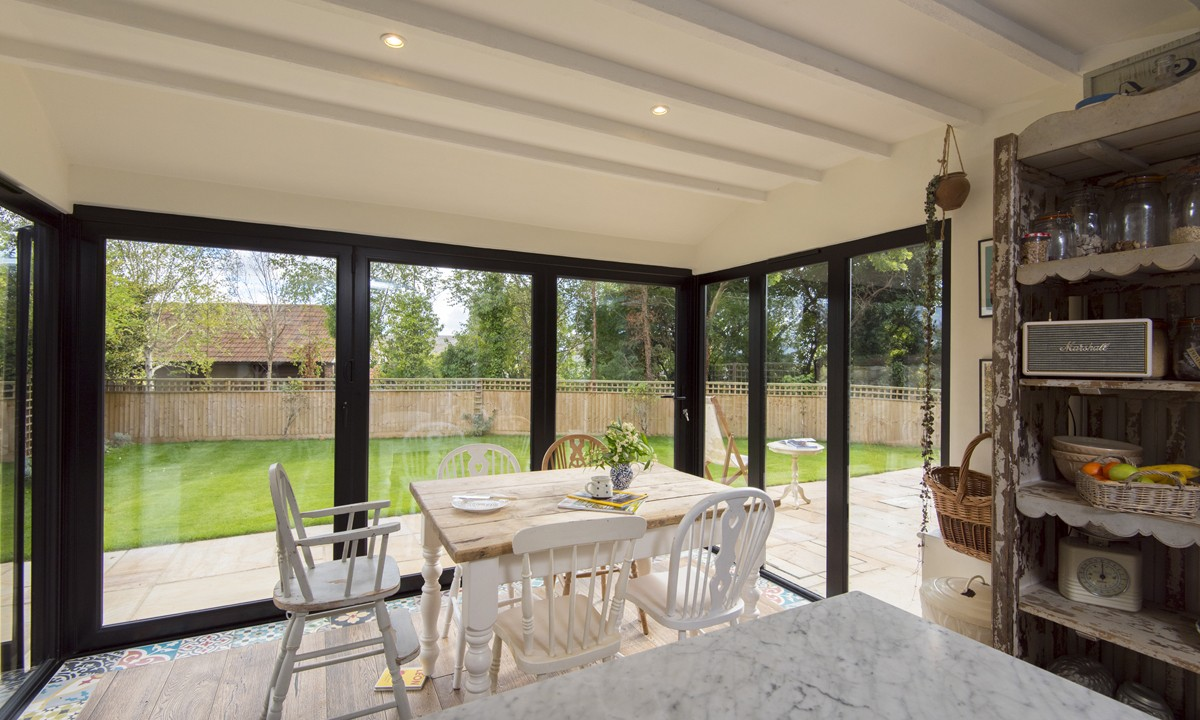 bifold-doors-hamilton-windows-20